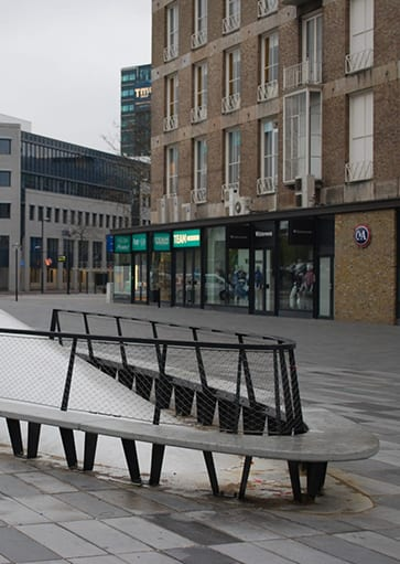 Eindhoven-Piazza-Bankje